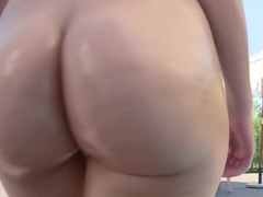 Valentina Nappi in Valentina and her Juicy Round ass
