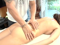 The masseur aches for Jennifer Dark's pussy