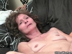 Saggy granny in nylons masturbates shaggy cunt