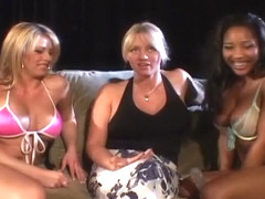 Lesbian Cuties Get A Licking Lesson