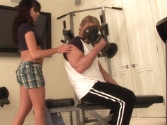 Gym Slut Fucked Right In Middle Of Gym
