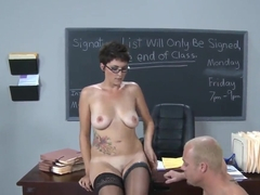 Heavy chested bitch Charlie James seduces Jenner