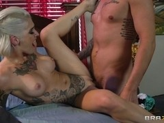 Real Wife Stories: The Disappearance of Kleio Valentien. Kleio Valentien, Clover