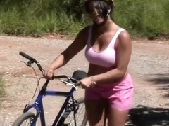 Jbrown helps Julianna with her bike and fuck her outdoors!