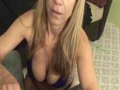 Busty experienced in glasses jerking