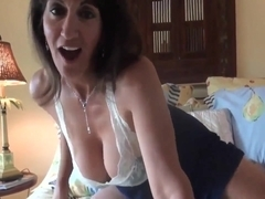 Hairy MILF with great pussy lips enjoys cock  creampie!