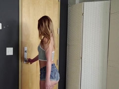 Daisy Stone In Fucking The Cable Guy