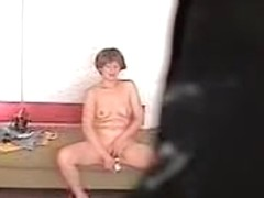 Hidden cam wife masturbating her dripping wet cunt