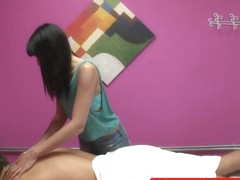 Asian masseuse jerking client on spycam