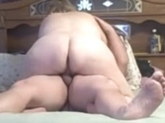 wife wraps her pussy lips around my cock, creampied fast